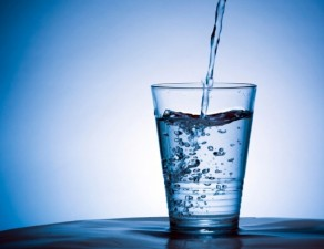 People not drinking enough water, doctors say