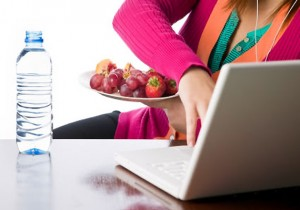 Cut off technology during meals: Nutritionist
