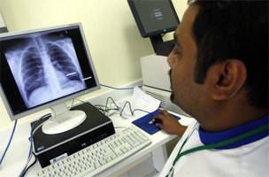 Dubai makes health insurance compulsory