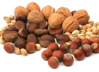 Eating tree nuts daily prolongs life