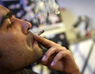 People who work longer smoke more