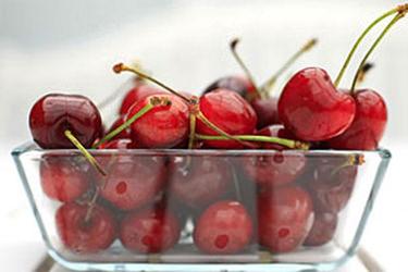Cherry lowers uric acid level, reveals study