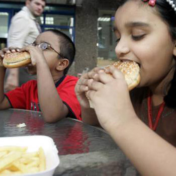 Arab generosity fuels imbalanced diet in kids