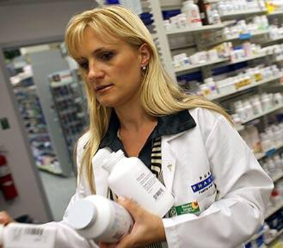 Pharmacies selling antibiotics without prescription face action