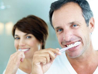 Practise proper oral hygiene for aesthetic benefits