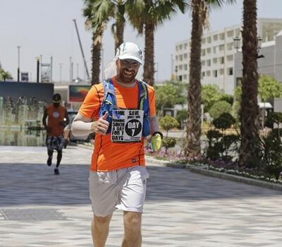 Runner completes 350km challenge in Dubai to help sick friend