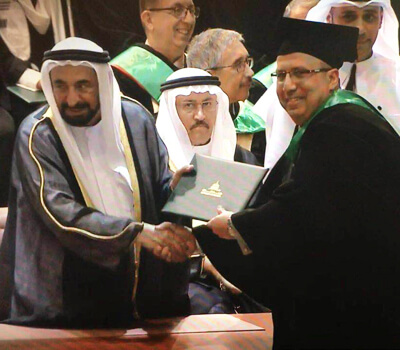 HH Dr. Sheikh Sultan felicitated University Hospital Sharjah's Cardiologist