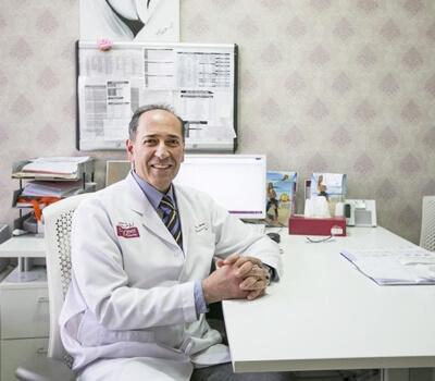 Health insurers should cover vitamin D screening for pregnant women, doctors say